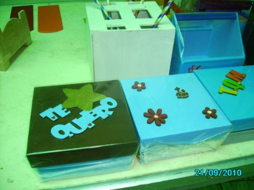 Cajas portaretratos manualidades todo en madera para - Manualidades pintar caja metal ...