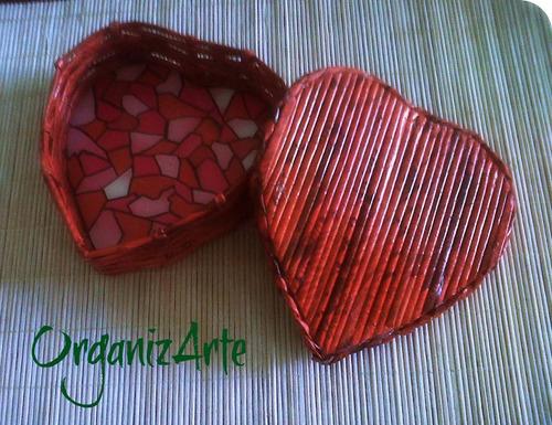 cajitas con forma de corazón,alajero