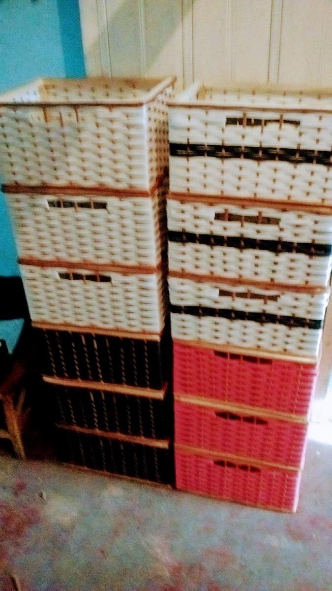 Caj N Bajo Mesada Tejido Mimbre Y Plastico 150 00 En Mercado Libre # Muebles Tejidos De Plastico