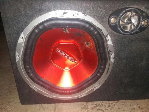 cajon de sonido para carro, con cornetas 600w 12 y tweeter