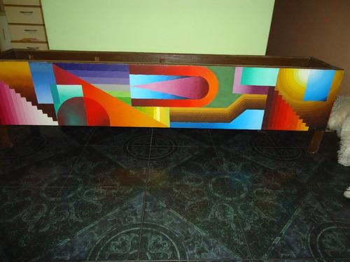 cajon decorado artesanalmente pintado al oleo sobre tela
