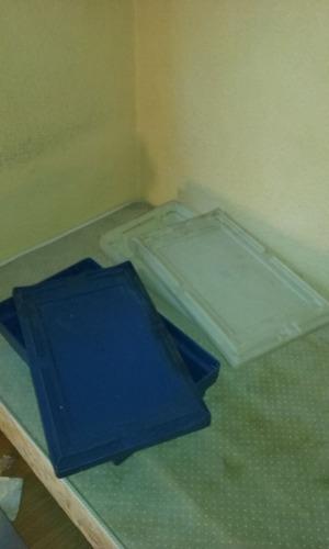 cajon plastico contenedor