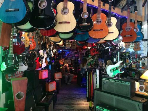 cajones peruanos y flamencos