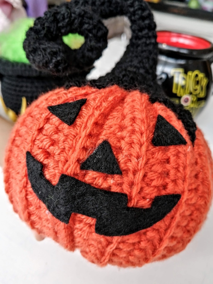 Halloween pumpkins - Crochet pattern | 1200x900