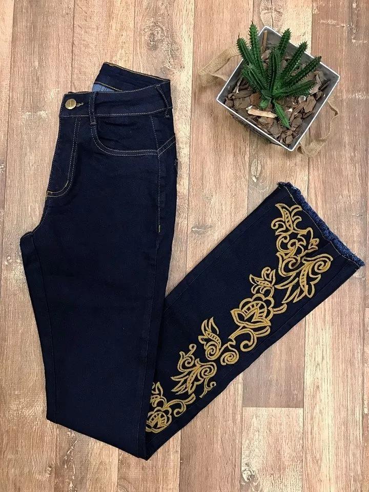 3a945485c Calça Country Feminina Minuty Hot Pants Flare Bordada - R$ 179,70 em ...