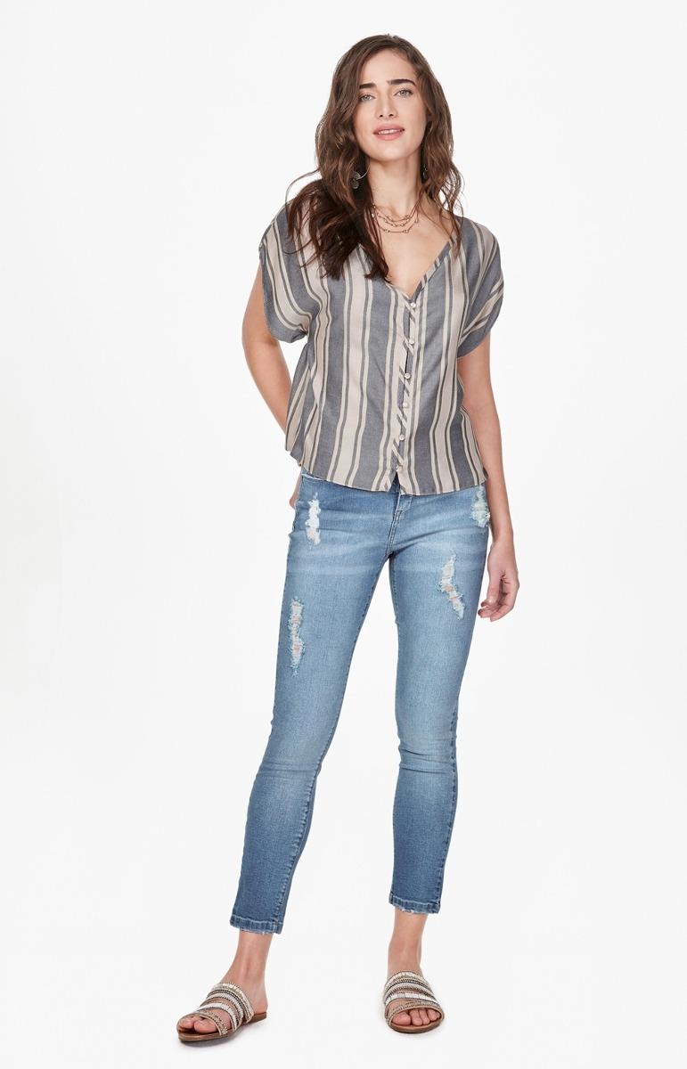 333bae73a calça enfim feminina em jeans skinny com puído lavagem clara. Carregando  zoom.