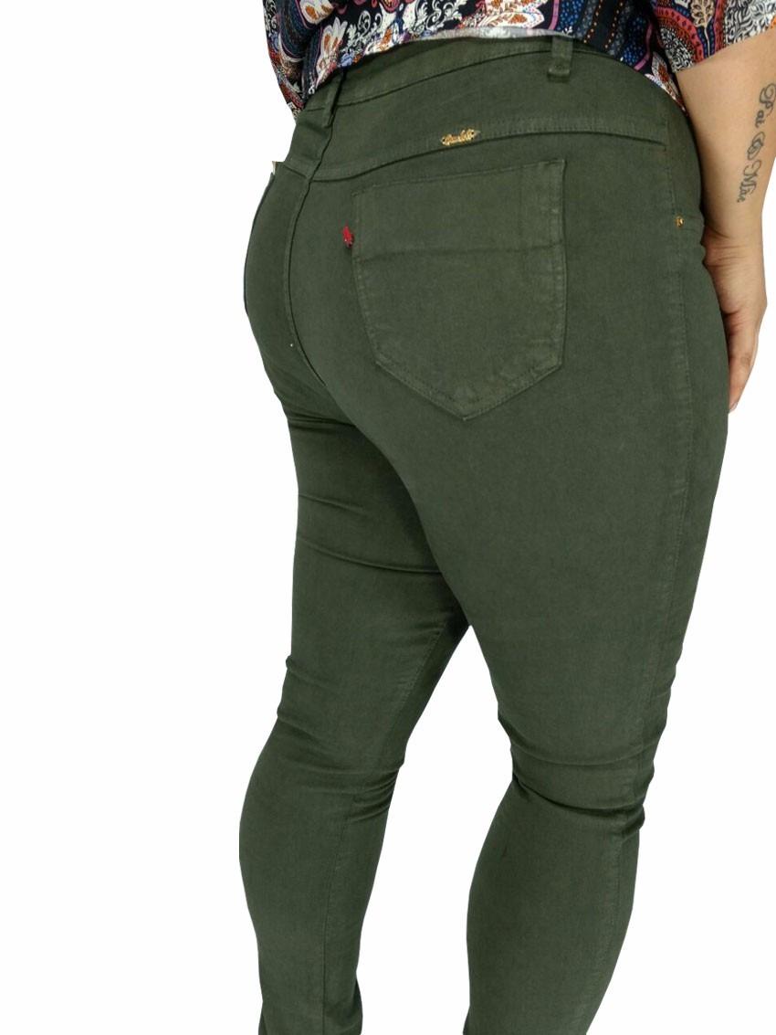 dfe256e15 calça feminina cambos plus size colorida em sarja com lycra. Carregando zoom .