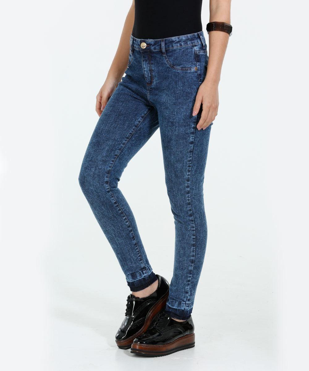 0316dabc7 calça feminina skinny jeans marmorizada marisa 1 frete fráti. Carregando  zoom.