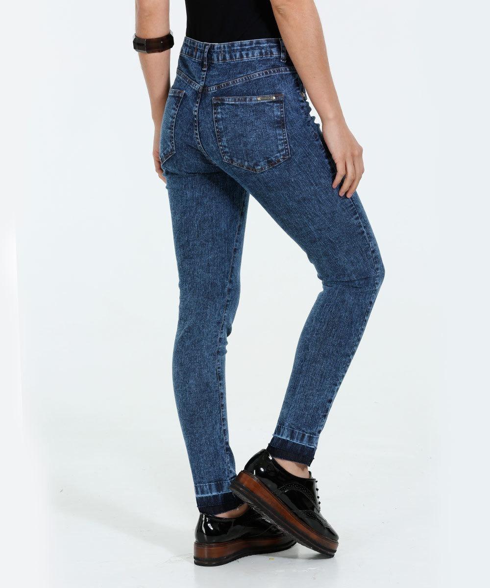 9177f34be calça feminina skinny jeans marmorizada marisa frete gratis. Carregando  zoom.