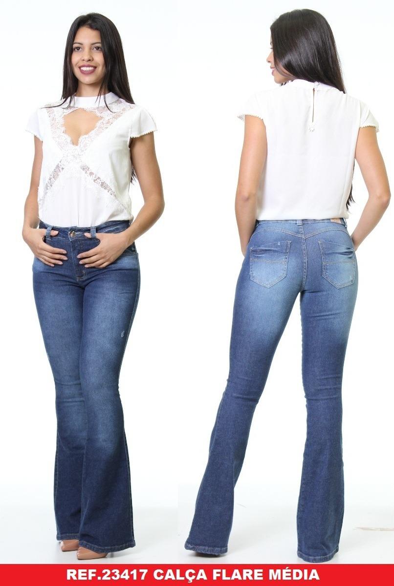 55ab04ad7 calça flare jeans feminina cintura media biotipo azul claro. Carregando  zoom.