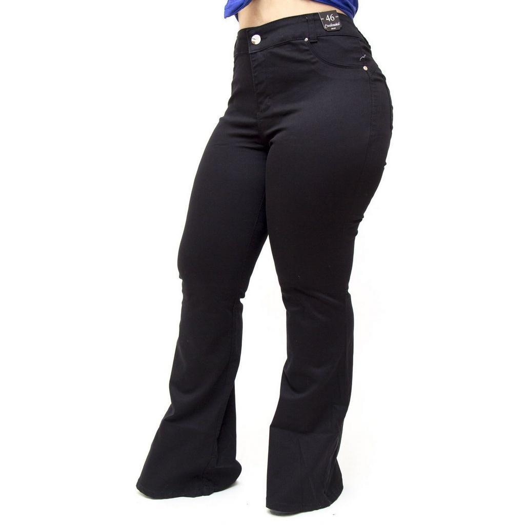 ee98c237b Calça Jeans Credencial Plus Size Flare Jessiane Preta - R$ 102,70 em ...