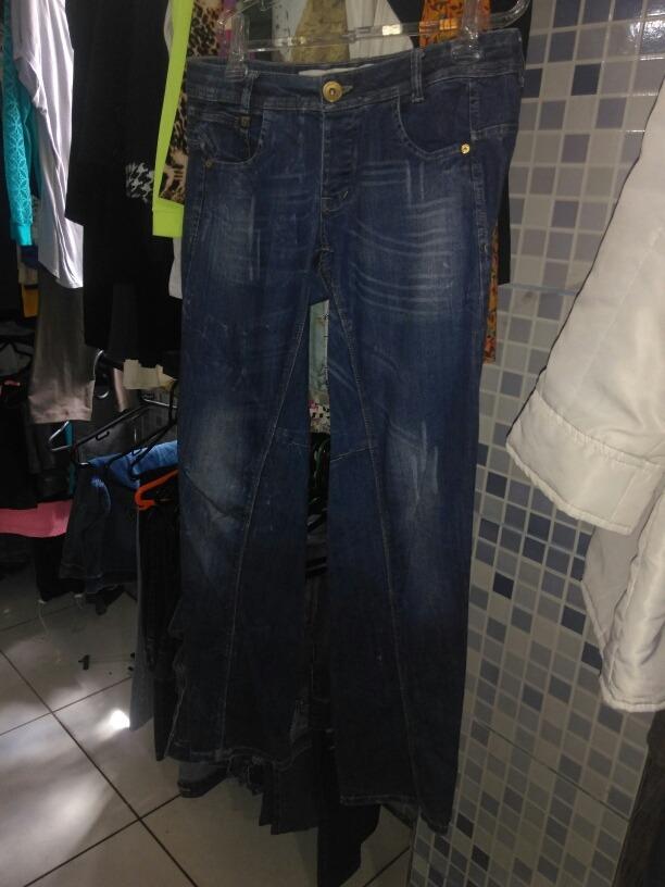 3c9867ef6 calça jeans da m officer 42 mto bem conservada. Carregando zoom.
