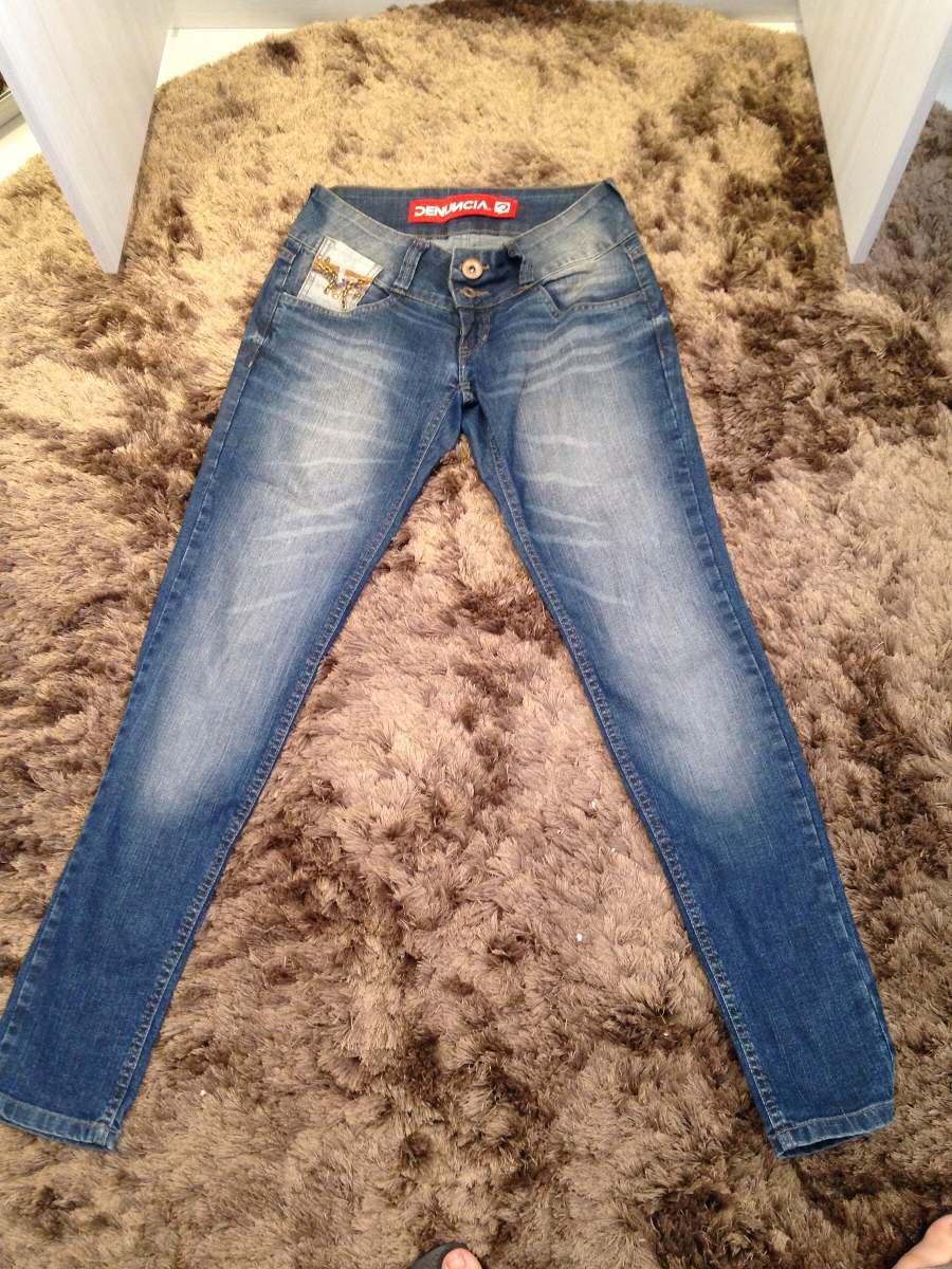4d6d0ecf1 Calça Jeans Denúncia Skinny Correntes 40 - R$ 90,00 em Mercado Livre