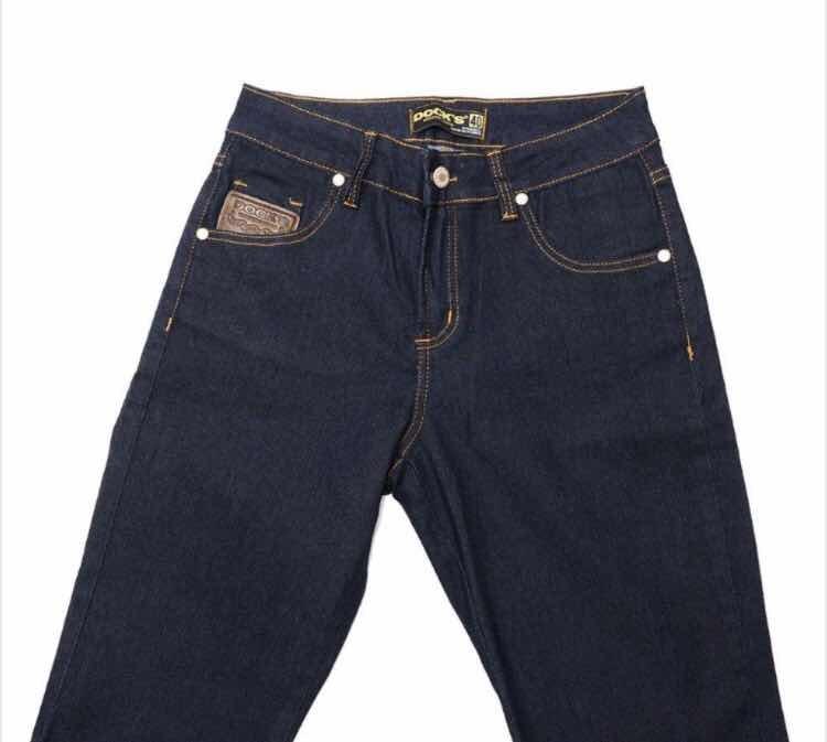 Calça Jeans Docks Feminina Flare 1330 Com Lycra - R  125 792ac9ccfd5