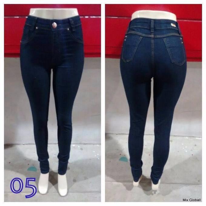 d97d55a0a Calça Jeans Feminina, Cintura Alta, Skinny, Promoção - R$ 84,00 em ...