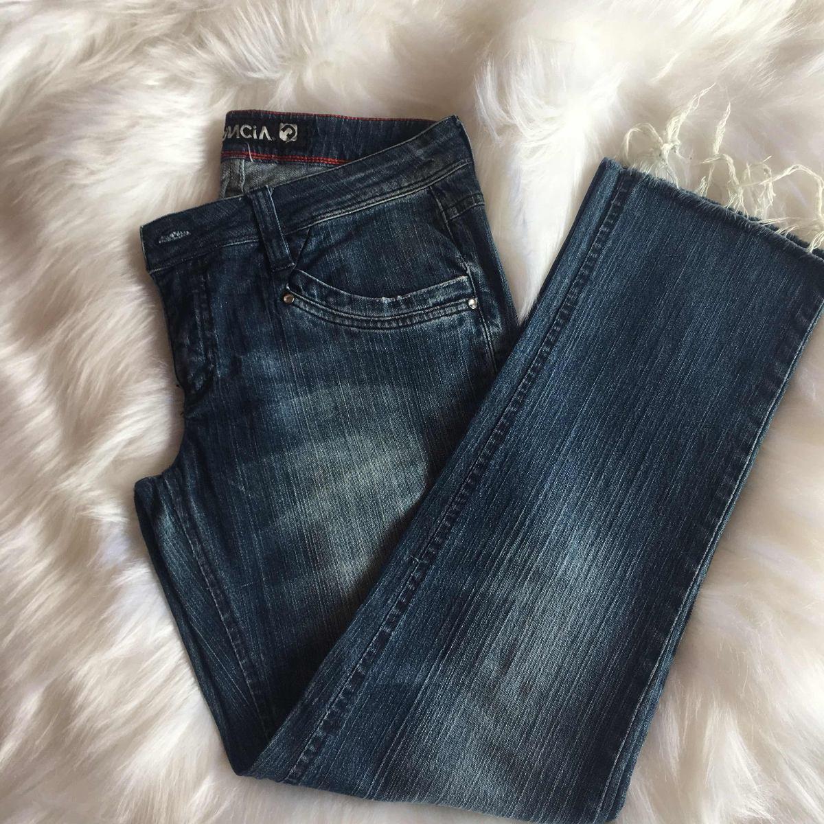 f8d11d065 calça jeans feminina denúncia jeans wear - super conservada. Carregando zoom .