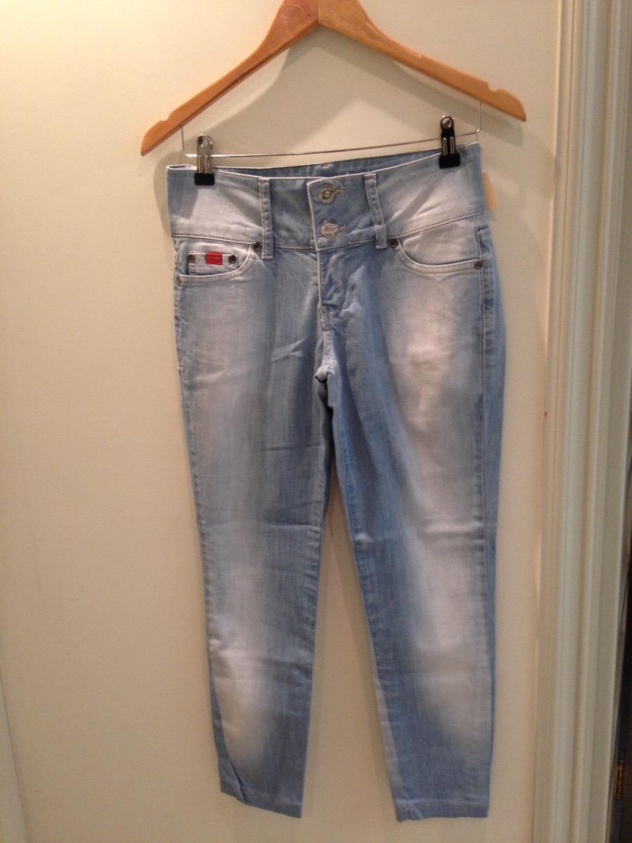 calça jeans feminina e alfaiataria sarja promoção. Carregando zoom. e53aa5ba0a2