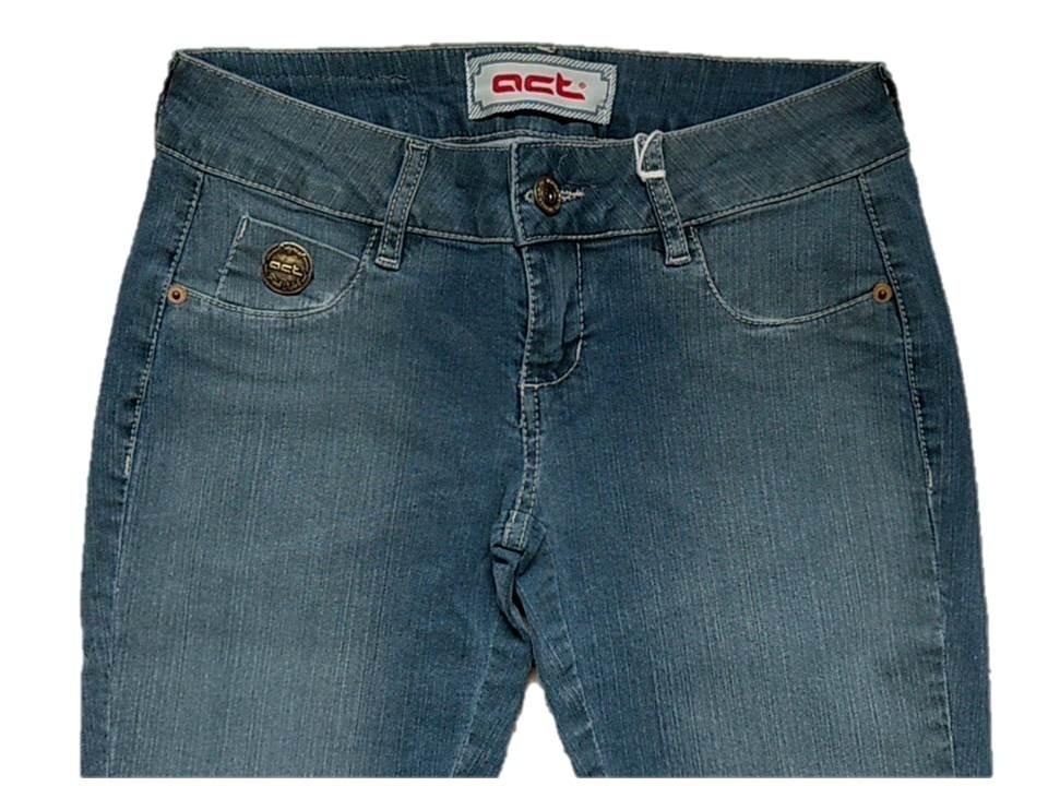6ea9f57514 calça jeans feminino super skiny da marca acostamento. Carregando zoom.