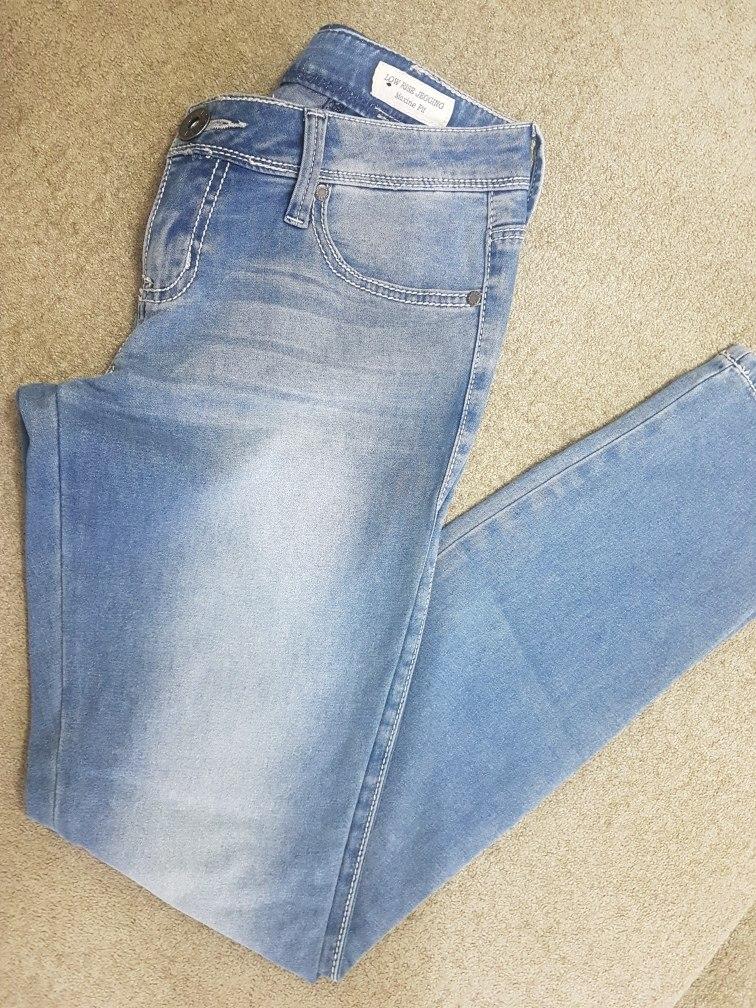 dc1bf8f61 Calça Jeans Guess - R$ 60,00 em Mercado Livre