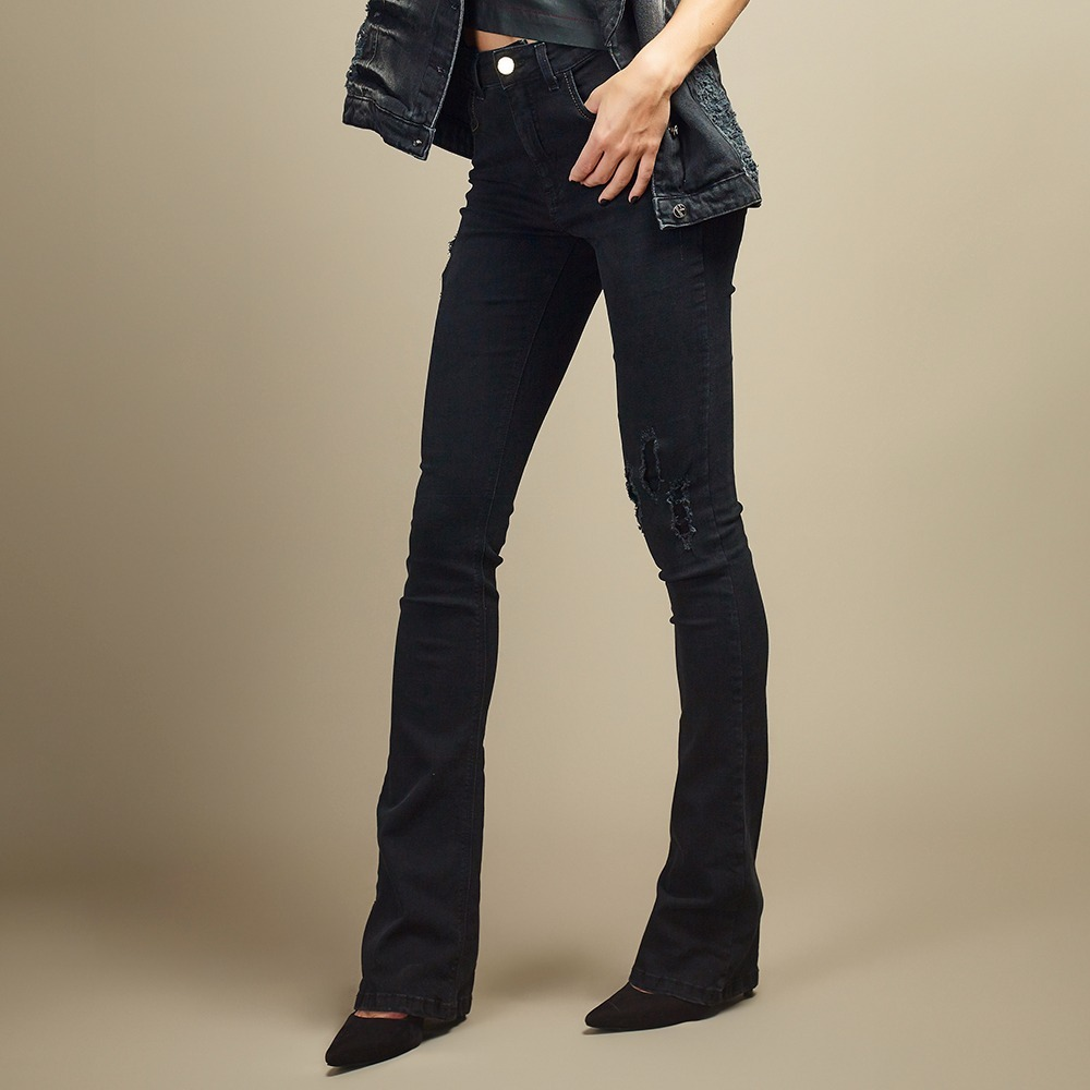 d1e06b433 Calça Jeans Feminina Amsterdam New Flare Chopper Jeans - R$ 197,00 ...