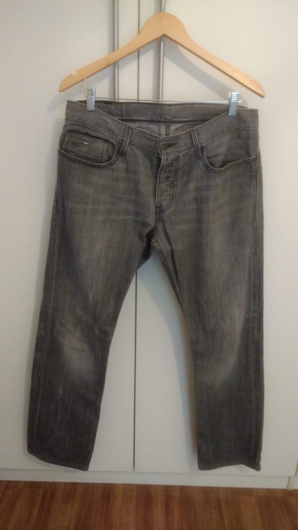 5e1e4b01b2119 Calça Jeans Levi s 514 Masculina- Jeans Cinza Claro W33 L34 - R  49 ...