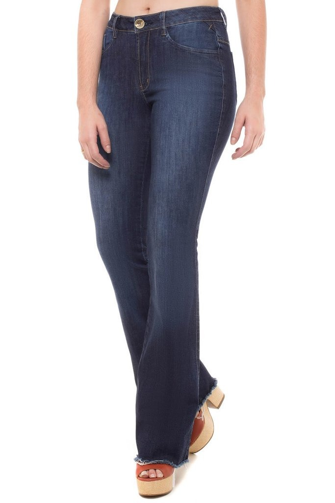 51813496a calça jeans mid rise flare denúncia azul. Carregando zoom.