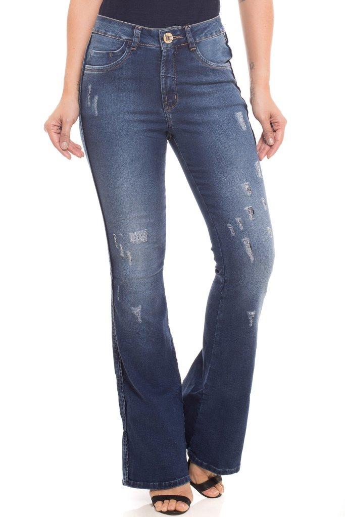 df3acd8c8 calça jeans mid rise flare low denúncia azul. Carregando zoom.