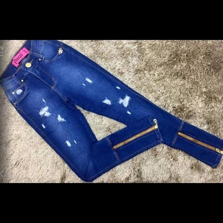b7e7ca3fe Calça Jeans Palazzi Lycra Cintura Alta Destroyed Feminina - R$ 130 ...