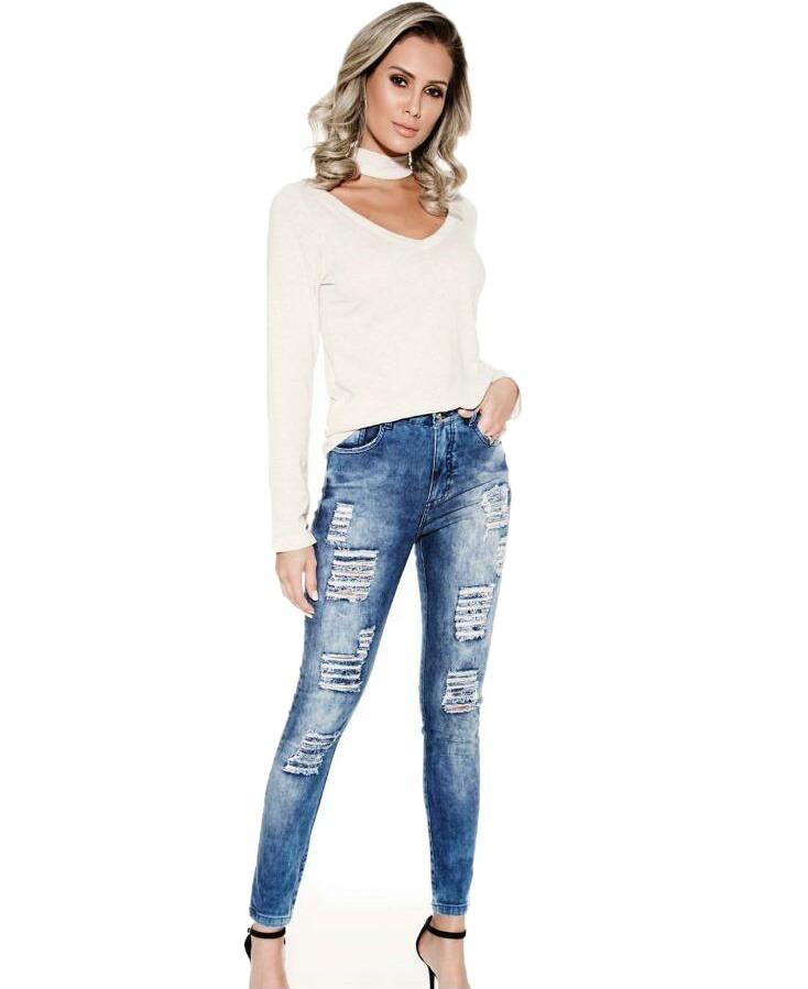 47dc689cd calça jeans rasgada cintura alta skinny feminina knt 221109. Carregando zoom .