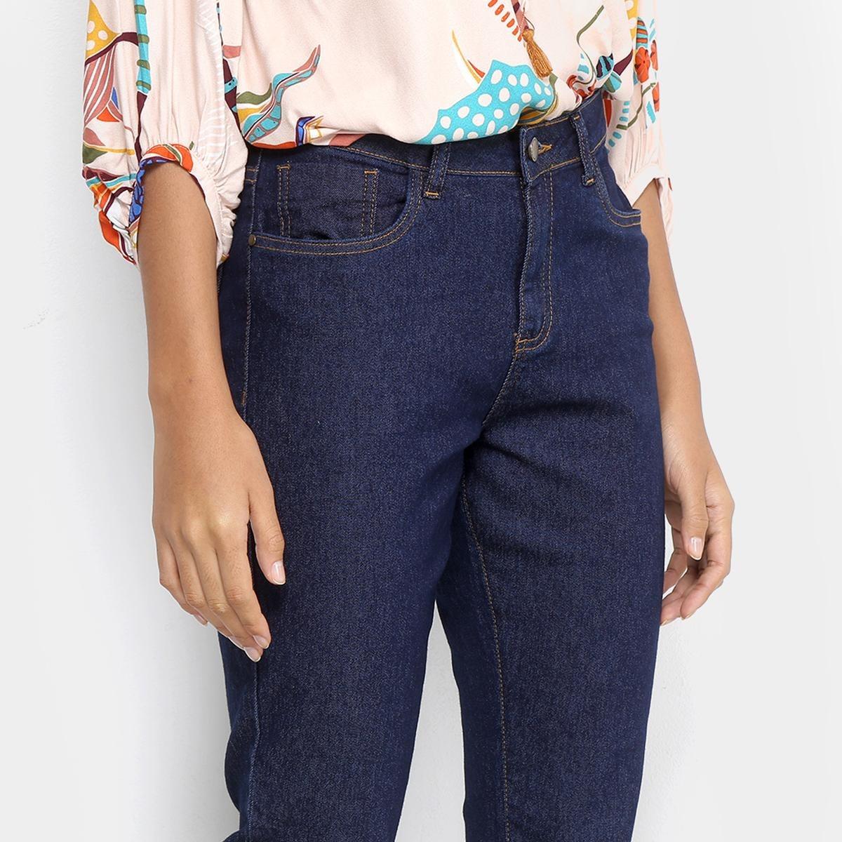 bf01ac769 Calça Jeans Reta Cantão Cintura Média Feminina - R$ 199,99 em ...
