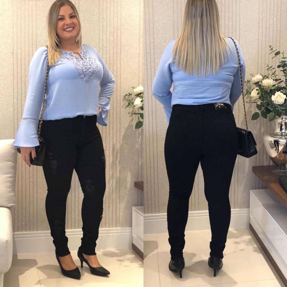 f1adf41bf Roupas Femininas Calça Jeans Rasgada Plus Size Do 46 Ao 54 - R  149 ...