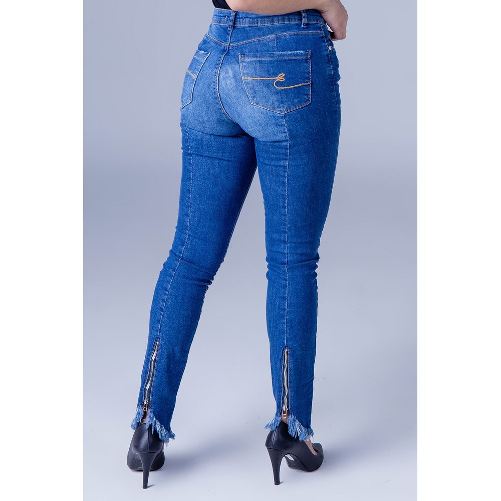 7349b990c Calça Jeans Skinny Cintura Alta Feminina Equivoco Ana - R$ 152,00 em ...