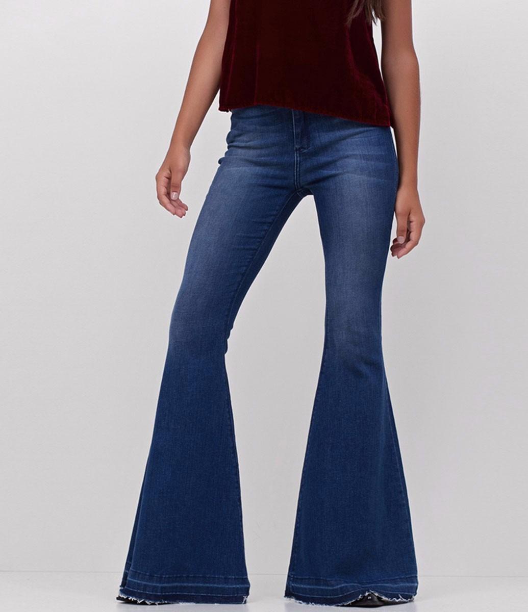 fd9387bb1 calça jeans super flare. Carregando zoom.