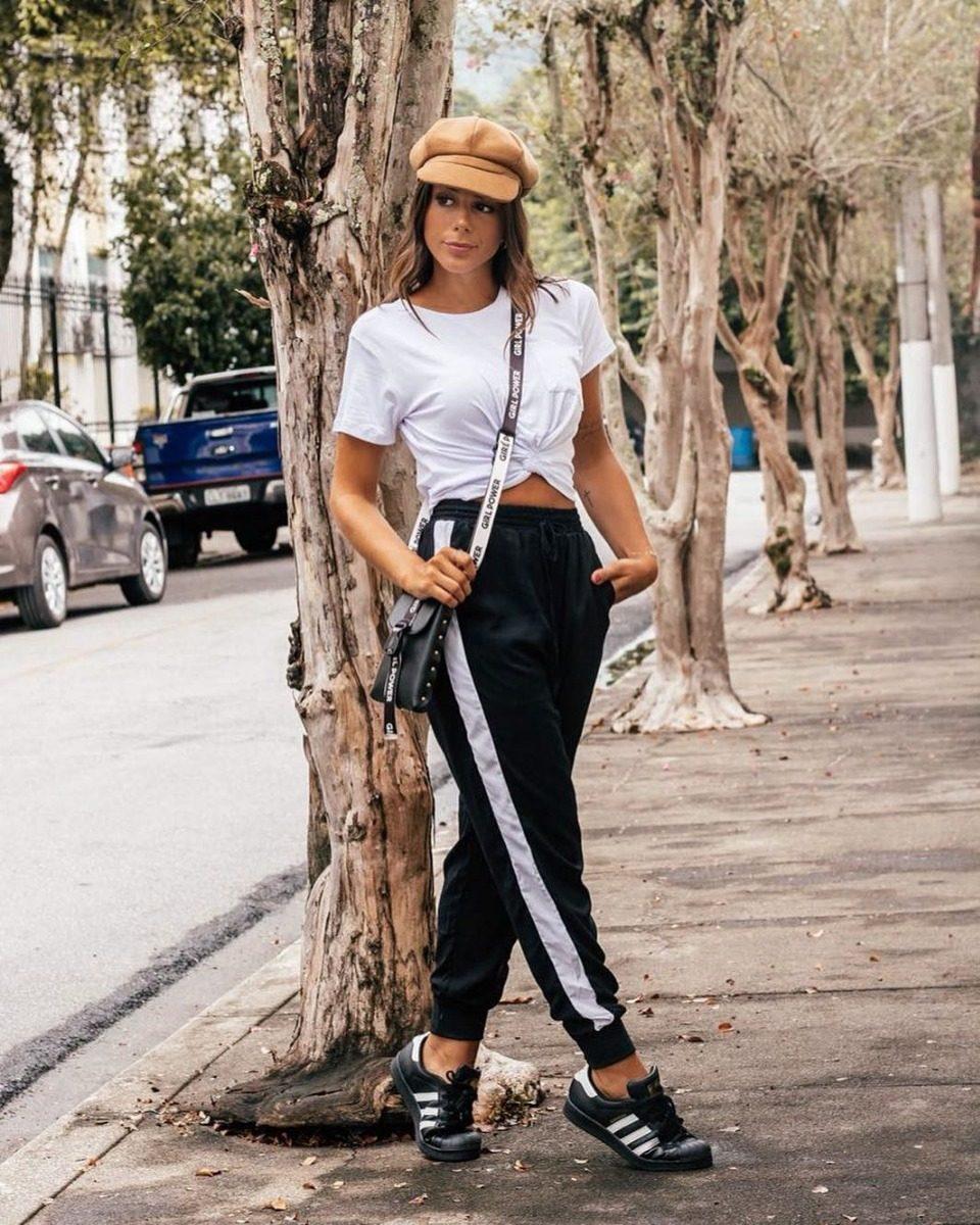 5647623f1d Calça Jogger Feminina Listrada Glamour E Conforto Preto - R  75