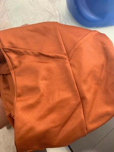 calça legue modelo flare tecido cirre preta caramelo brilho