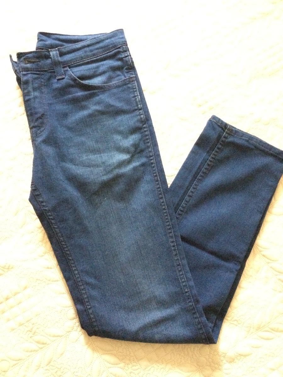 Calça Levis Original! Skinny! Semi Nova! Frete Grátis! - R  90 133e1f93488