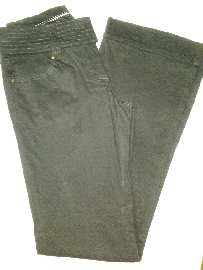 422e288b7 calça luigi bertolli verde musgo tam38 alfaiataria e blusa. Carregando zoom.