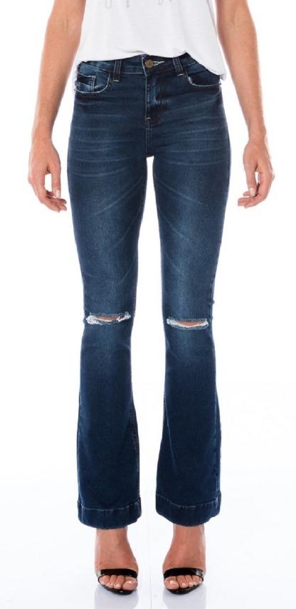 a1a985764 calça m.officer feminina jeans flare slim com detalhe destro. Carregando  zoom.