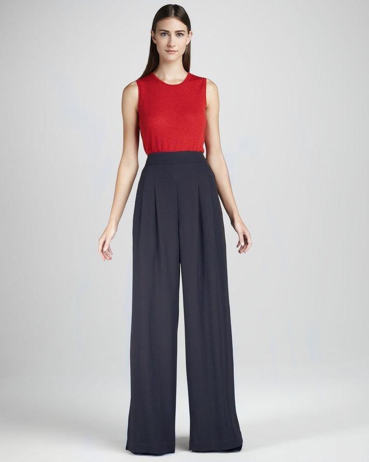 a67a0f9e0 calça pantalona m muito feminino cintura alta e pregas cinza. Carregando  zoom.
