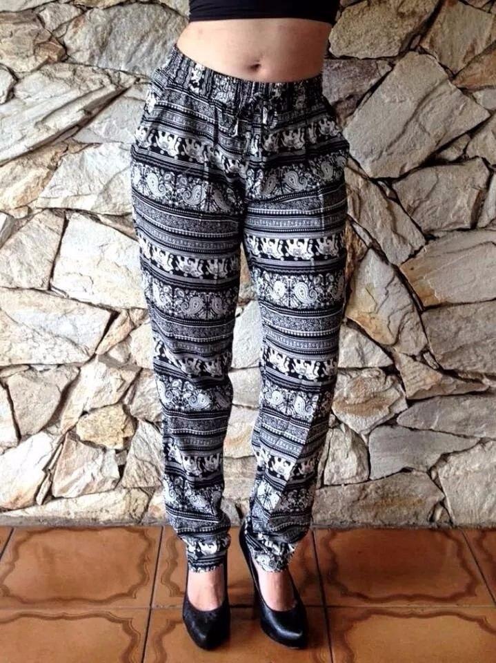 2530bd8e7 calça pijama de viscose estampada importada. Carregando zoom.