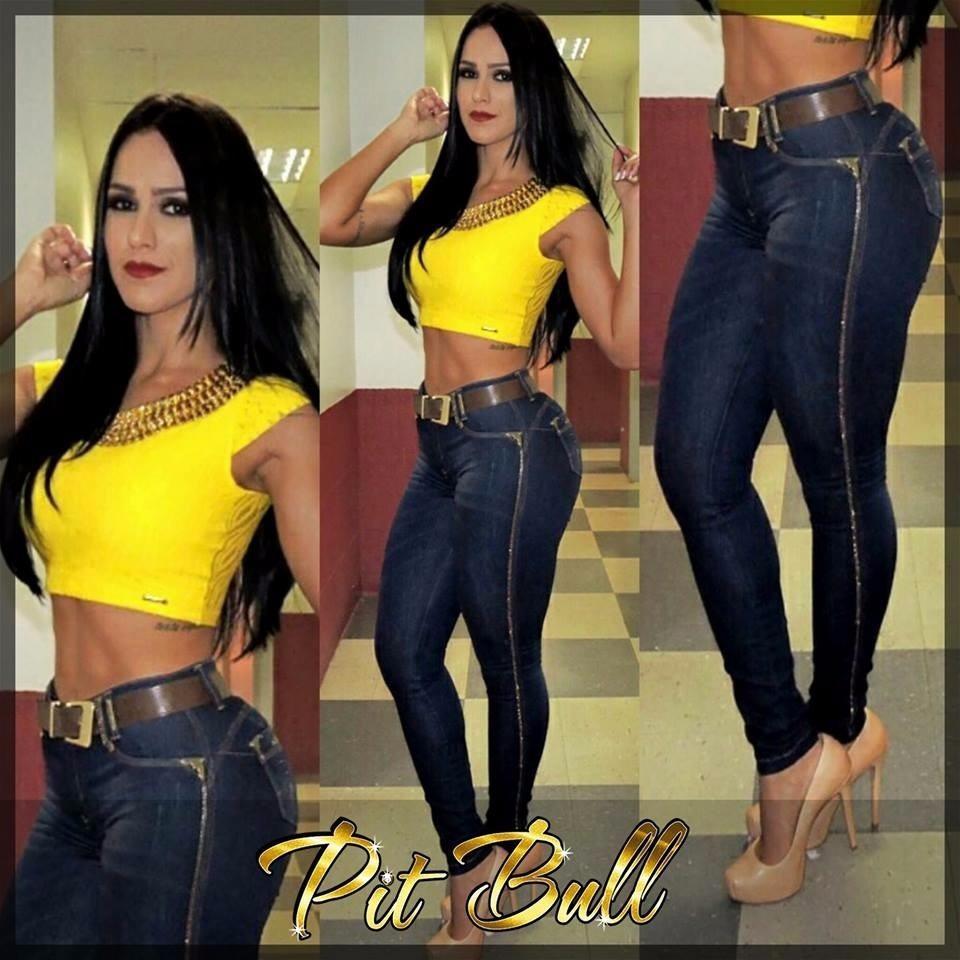 32782eb09e Calça Pit Bull Pitbull Jeans Hot Pant Modela Levanta Bumbum - R  359 ...