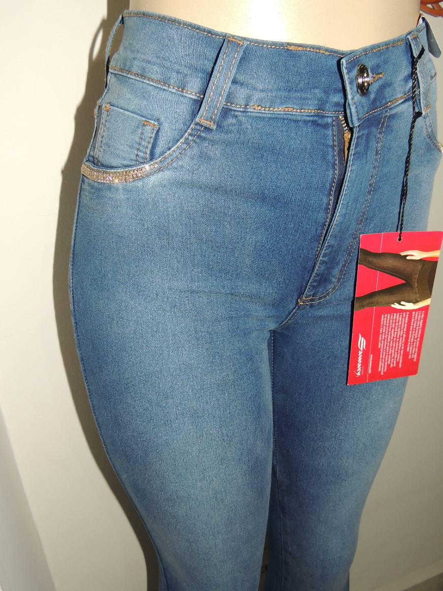 08fc0d745e calça sawary hot pants cintura alta com strass tamanho 36. Carregando zoom.