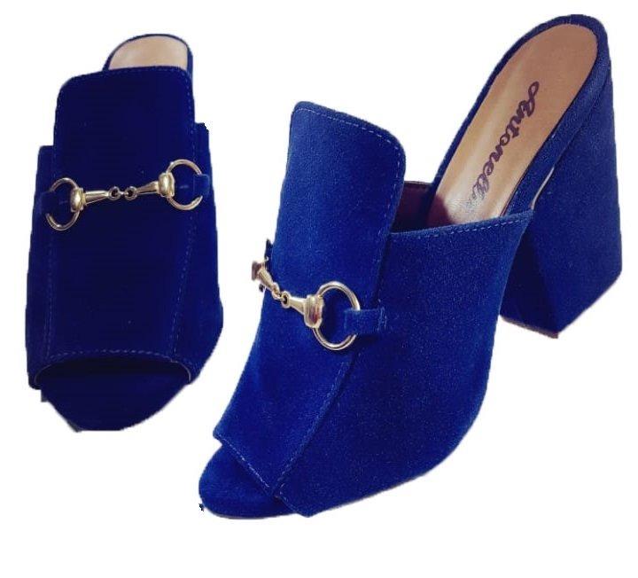 b6073cb0be Calçado Feminino Tamanco Camurça Azul Marinho - R  69