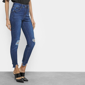 b4405dd23 Calça Jeans Skinny Cropped Colcci Destroyed Cintura Média