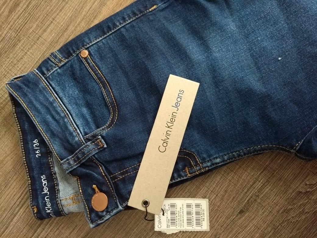 Calças Calvin Klein Jeans Feminina - R  229,00 em Mercado Livre 067bce9f2f
