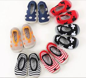 fecdd1879 Calcetines Con Suela Para Bebe - Ropa, Bolsas y Calzado en Mercado ...