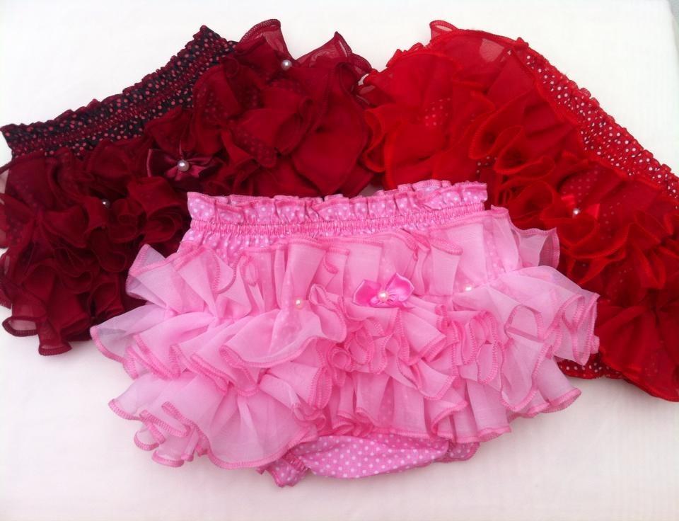 c8d9000be calcinha tapa fraldas bebe bunda rica vermelho poá com preto. Carregando  zoom.