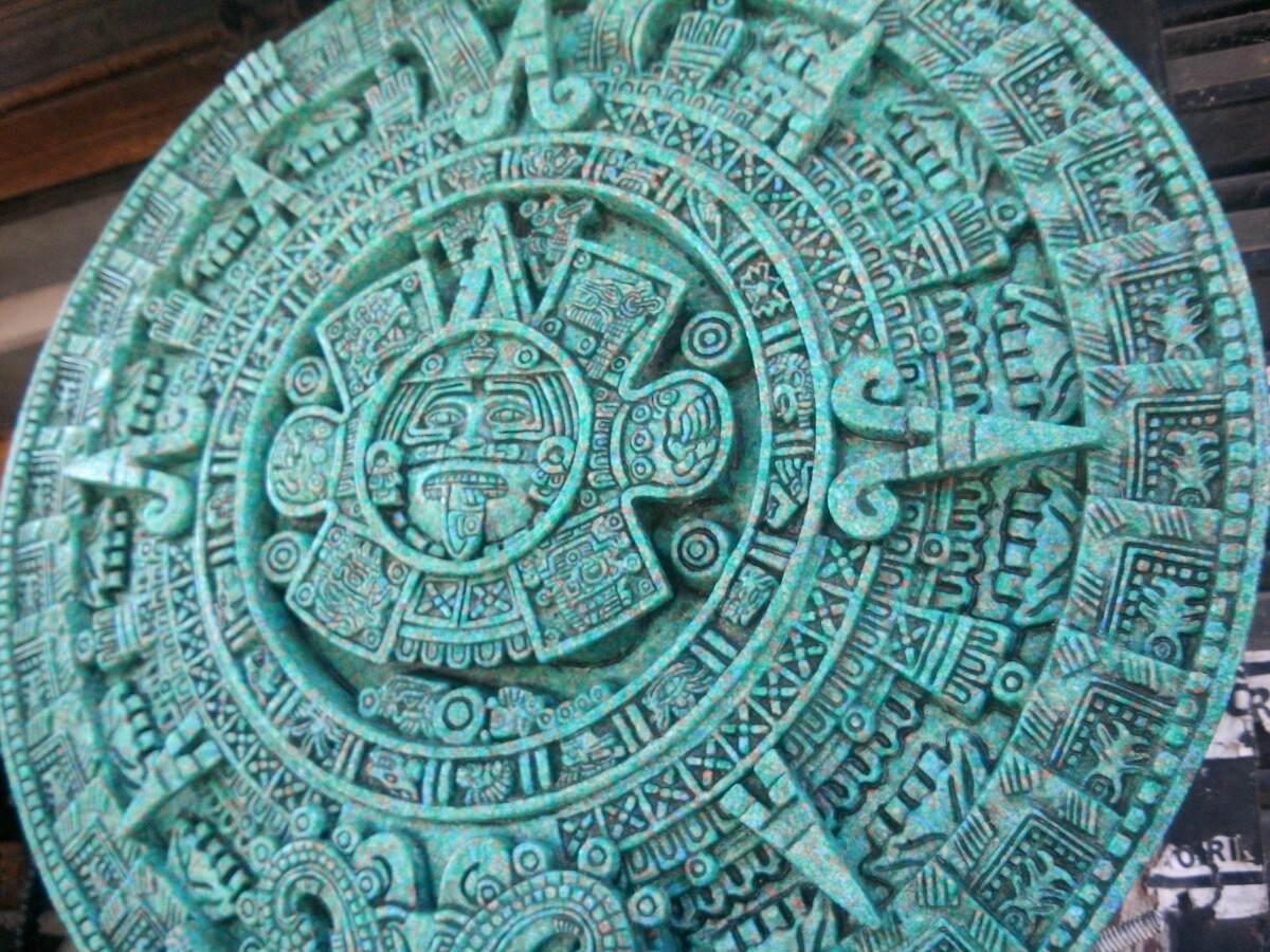 Calendario Azteca Hecho En Piedra De Malaquita En 3 D 65000 En