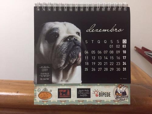 calendário de mesa bulldog