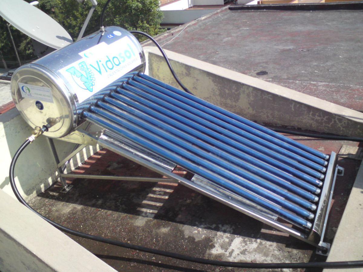 Calentador Solar De 100lts Para 3 Pers Flete Y Armado
